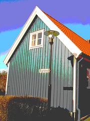 Carrefour Agränd /  Agränd street  lamp façade.  Laholm / Suède - Sweden.    25-10-2008-  Version postérisée
