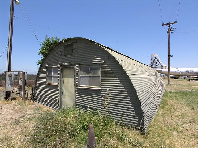 Castle Air Museum Hut (8428)