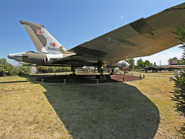 Avro Vulcan B.Mk 2 (8353)