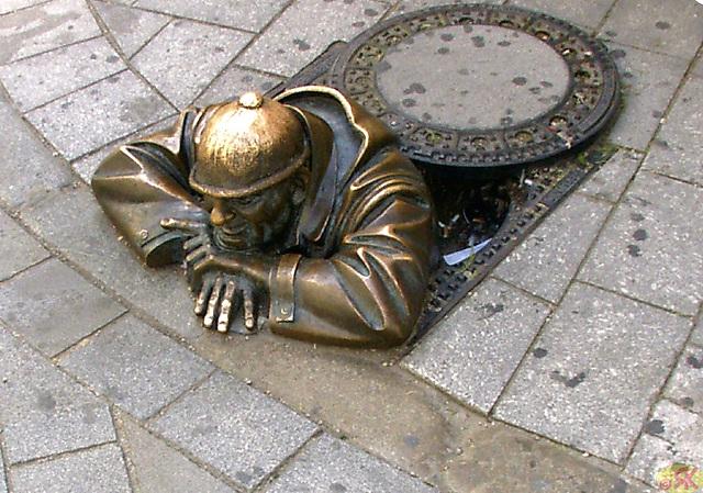 2004-08-17 28 SAT, Bratislavo