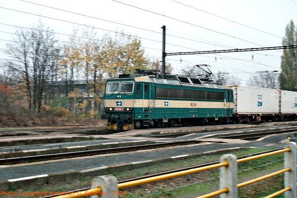 CD #163019-3 Pan at Nadrazi Hostivar, Prague, CZ, 2008