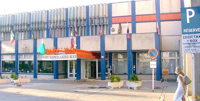 2004-08-19 02 SAT, kongresejo City-Hotel Bratislavo
