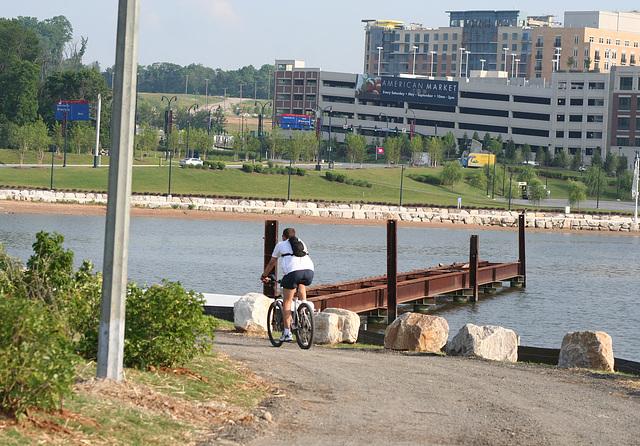 08.PotomacRiverWaterfrontCommunityPark.NH.MD.8June2009