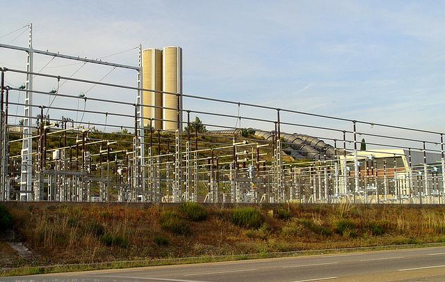 l'usine hydro-électrique de Saint Chamas, tant décriée