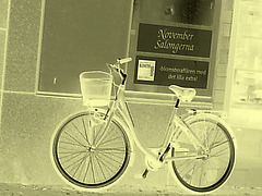 Vélo suédois de Novembre Salongema /  November Salongerna swedish bike -  Ängelholm  /  Suède - Sweden.   23 octobre 2008- Négatif à l'ancienne