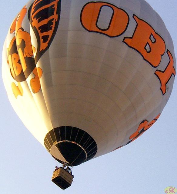 2004-09-04 17 Ballons