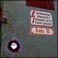 the hole in the door - trafo 15