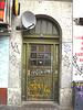 Door number 32 & Graffitis /  Porte numéro 32 et graffitis -  Copenhague.  20-10-2008