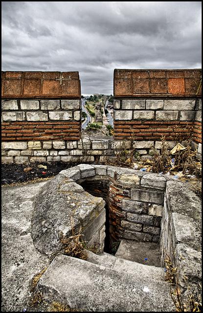 byzantine city wall - PiP
