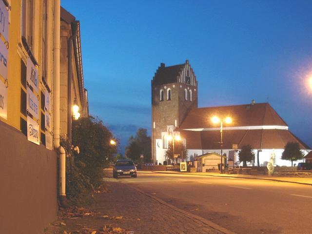 Église & cimetière de soir - Båstad -  Suède / Sweden.