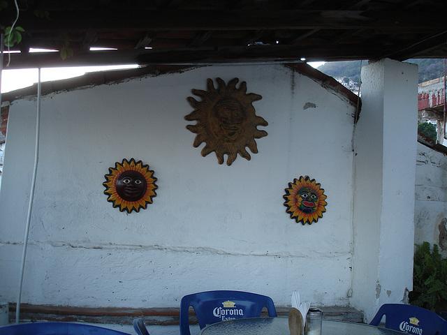 Corona suns trio.