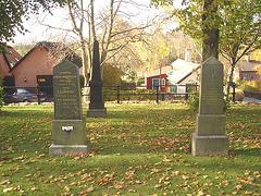 Cimetière de Laholm / Laholm's cemetery.   Suède / Sweden.  25 octobre 2008
