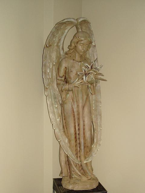 Ange funéraire / Funeral angel -  Dans ma ville / Hometown.   6 mai 2009