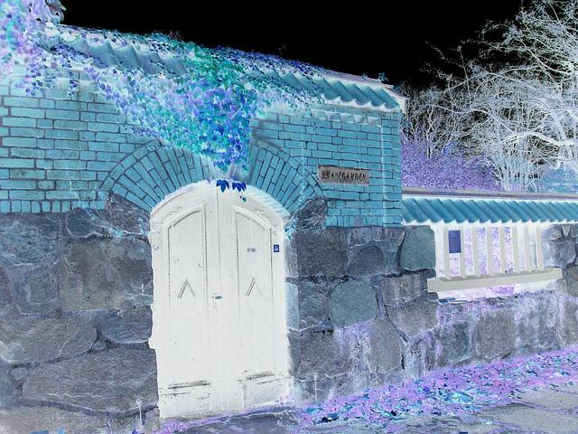 Maison  Skanegarden house - Båstad / Suède - Sweden.  21-10-2008 -  Négativité photofiltrée