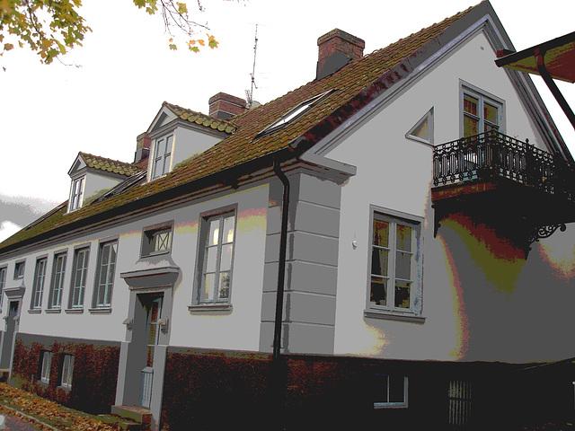Maison aux fenêtres reflectives / Windows reflections house - Båstad /  Suède - Sweden.   21-10-2008 - Version postérisée