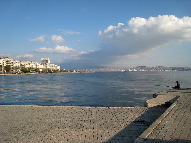 IMG 0525 Karsiyaka Mole