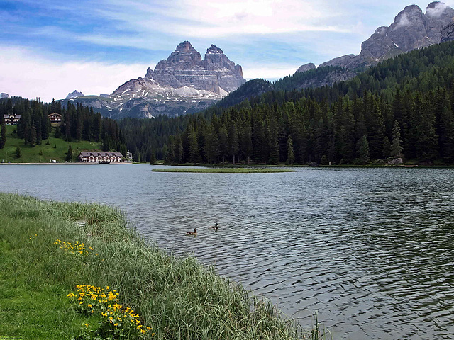 P6177445ac A Breathtaking Altpine Lake of the Dolomites