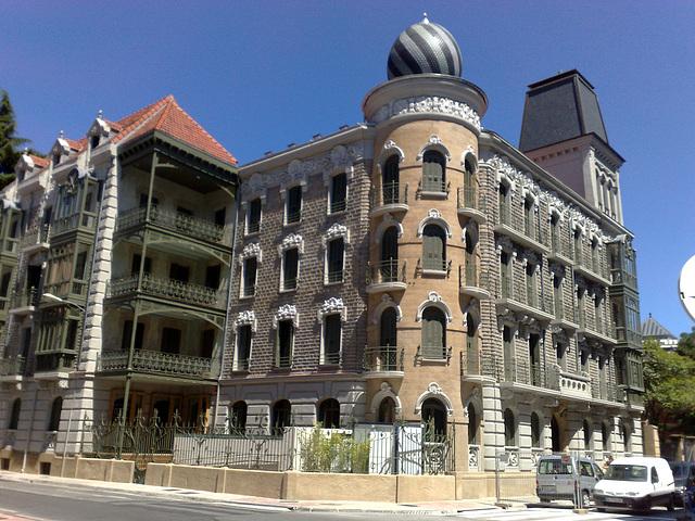 Pamplona: edificio en C/ Gral. Chinchilla