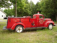 Ancien camion de pompiers de Franklin  / Franklin former red fire truck