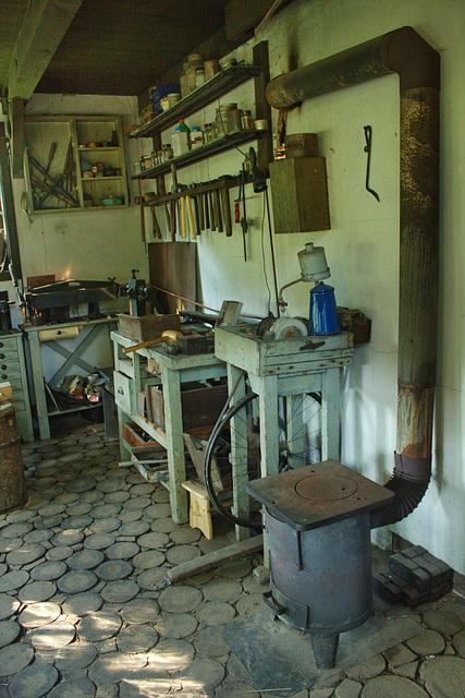 Klempnerei, Kupfer und Messingschmiede 1