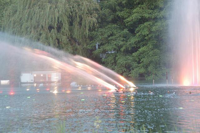 Wasserlichtspiele11