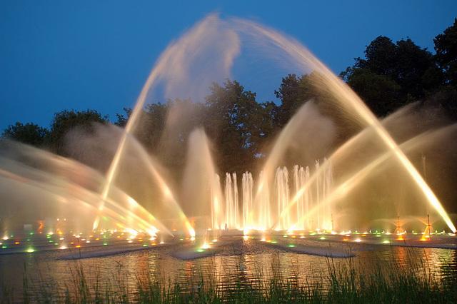 Wasserlichtspiele115