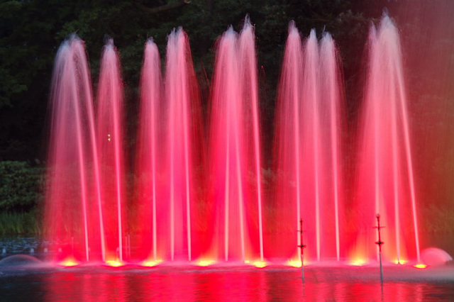 Wasserlichtspiele126