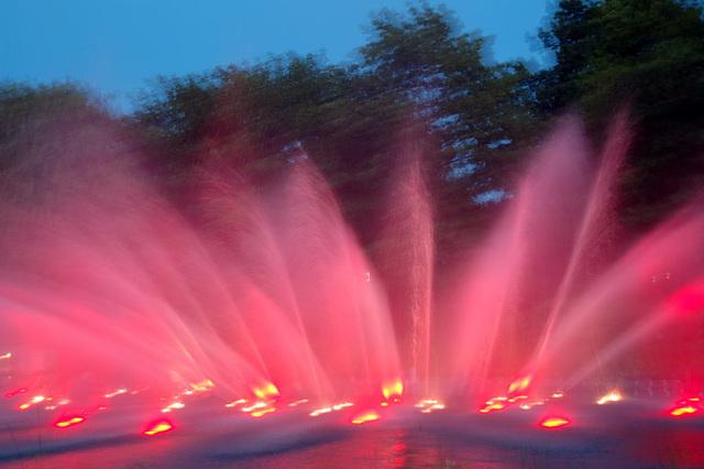 Wasserlichtspiele129