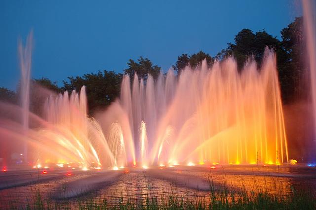Wasserlichtspiele131