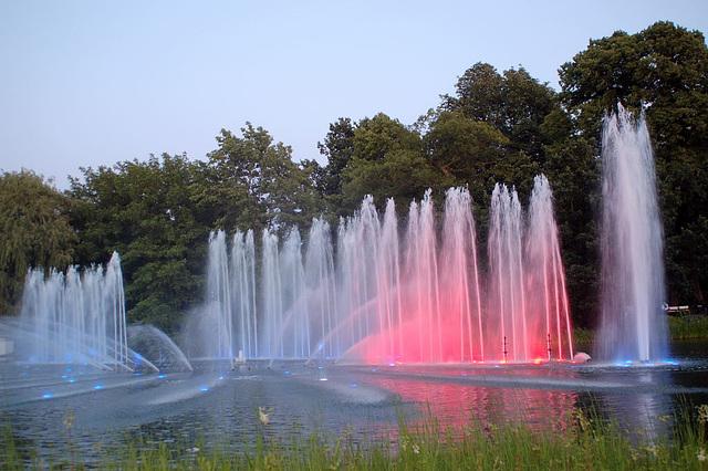 Wasserlichtspiele23