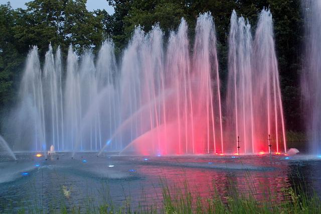 Wasserlichtspiele24