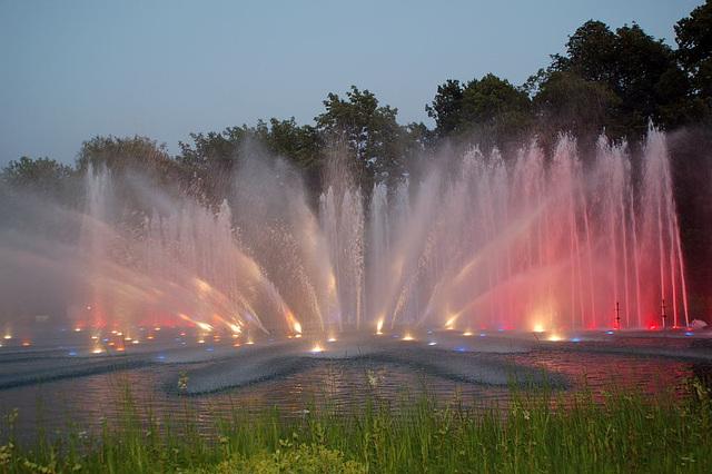 Wasserlichtspiele28