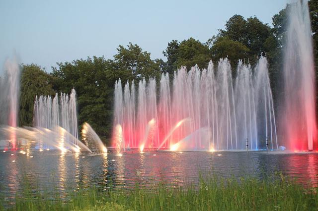 Wasserlichtspiele30
