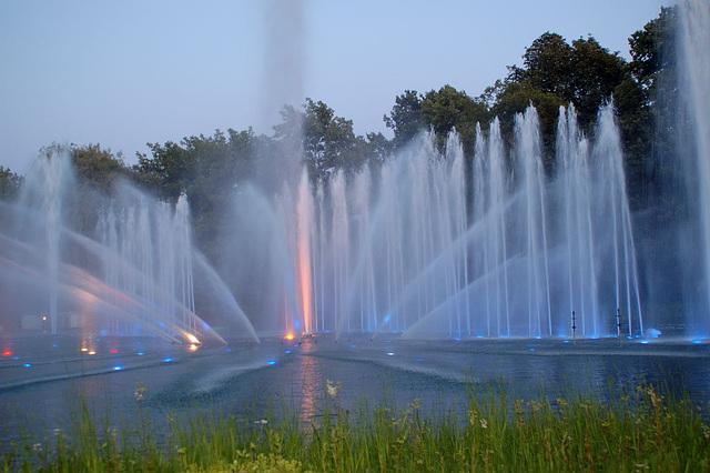 Wasserlichtspiele38
