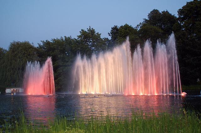 Wasserlichtspiele40
