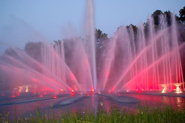 Wasserlichtspiele51