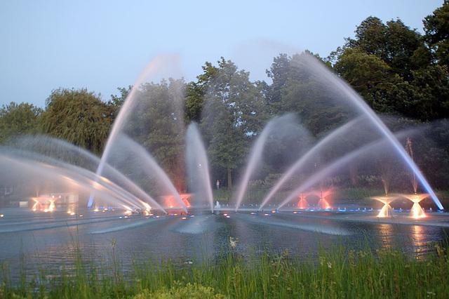Wasserlichtspiele57