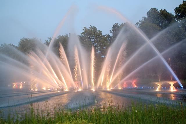 Wasserlichtspiele58