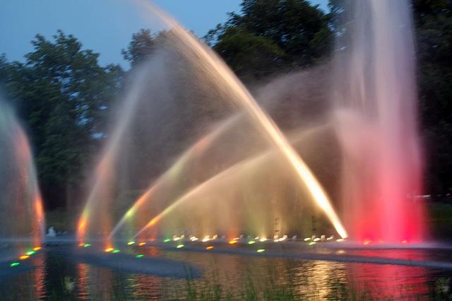 Wasserlichtspiele66