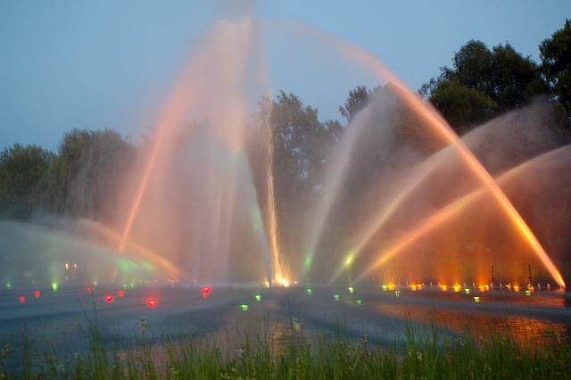 Wasserlichtspiele71