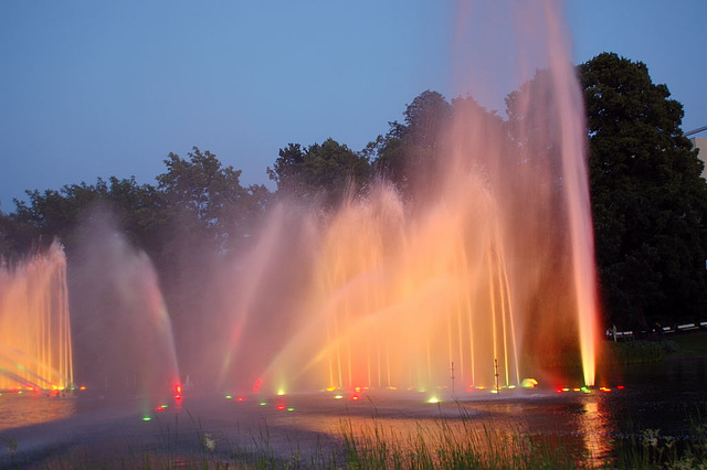 Wasserlichtspiele73