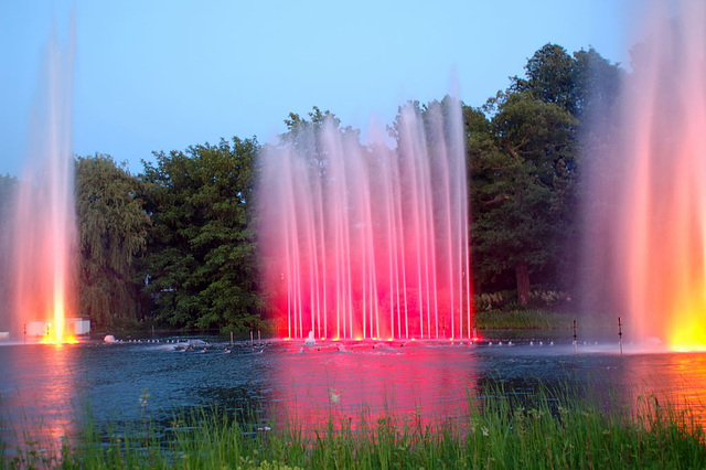 Wasserlichtspiele79