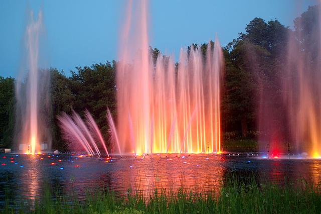 Wasserlichtspiele86