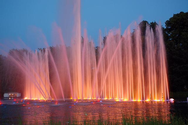 Wasserlichtspiele87