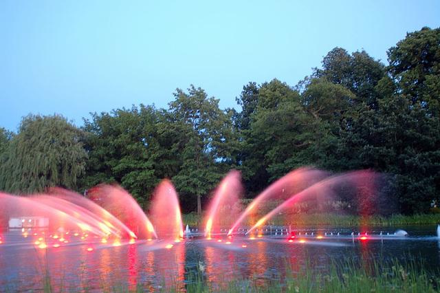 Wasserlichtspiele88