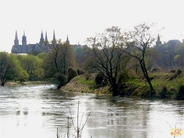 2003-04-21 27 Merseburgo