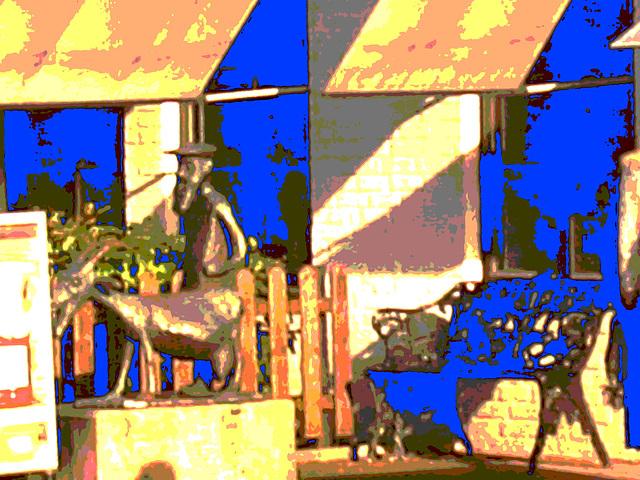 Banc et sculpture bancaire / SEB bench & sculpture welcoming scenery -  Båstad /  Suède - Sweden.  23 octobre 2008  - Invasive blue / Bleu envahissant