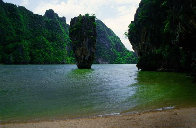 "Koh Tapu got the name ""James Bond Island"""