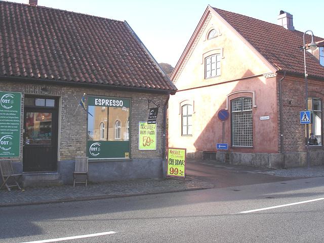 Espresso window area - Zone de la fenêtre expressive -  Båstad  /  Suède - Sweden.   25 octobre 2008