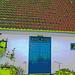 La porte bleu du Viking à la barbe bleue....Blue door house -  Båstad.  Suède - Sweden.  21-10-08 -  Postérisée